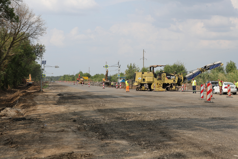 В Ростовской области отремонтируют семь аварийных участков дорог за 150 млн рублей - фото 1